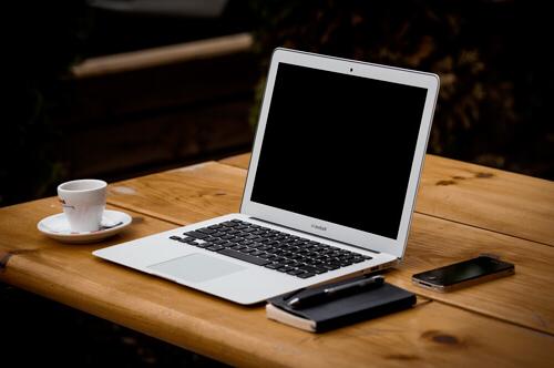 Audiolibros para el desarrollo integral de la persona y Tu Tarjeta de presentación como ésta!!!<br /><br /><br /><a href='https://www.futuro150.net' class='btn2'><font color=white>Botón</font></a>