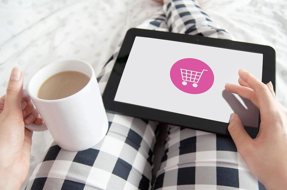 Tú tarjeta de presentación virtual, tú herramienta poderosa para exhibir lo que tienes productos/servicios al mundo con autoridad y un factor diferenciador de los demás distribuidores de productos/servicios de tu compañía. La tarjeta de presentación virtual es personalizable y evolucionable.